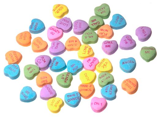 800px-Necco-Candy-SweetHearts